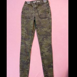 Camo Jeans, extra small, high wasted!